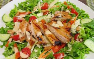 tavuklu-salata-nasil-kilo-verilir